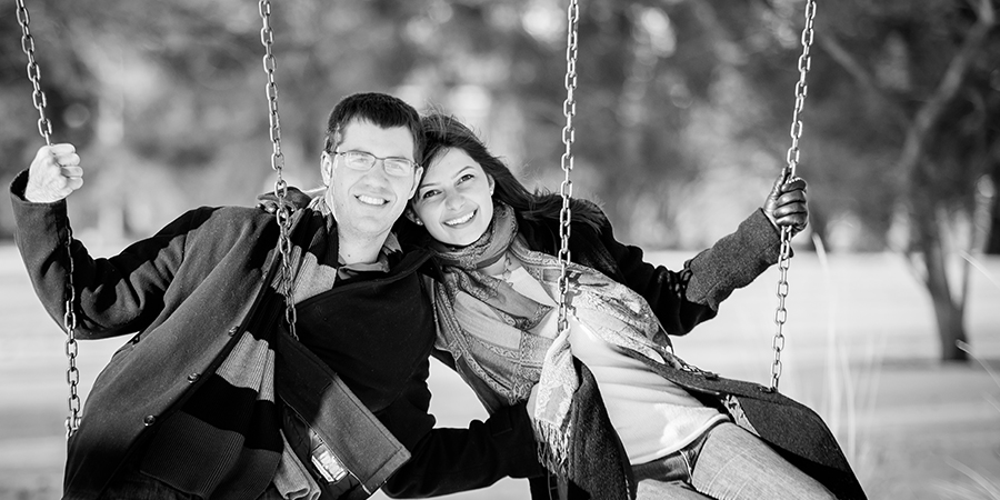 bolla-photography-engagement-st-louis-stl-city-forest-park-winter-snow-swings