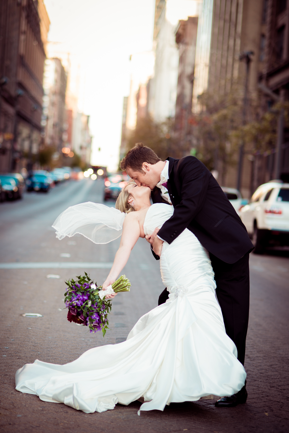 winner5_washington-avenue-stl-street-road-wedding-bride-groom