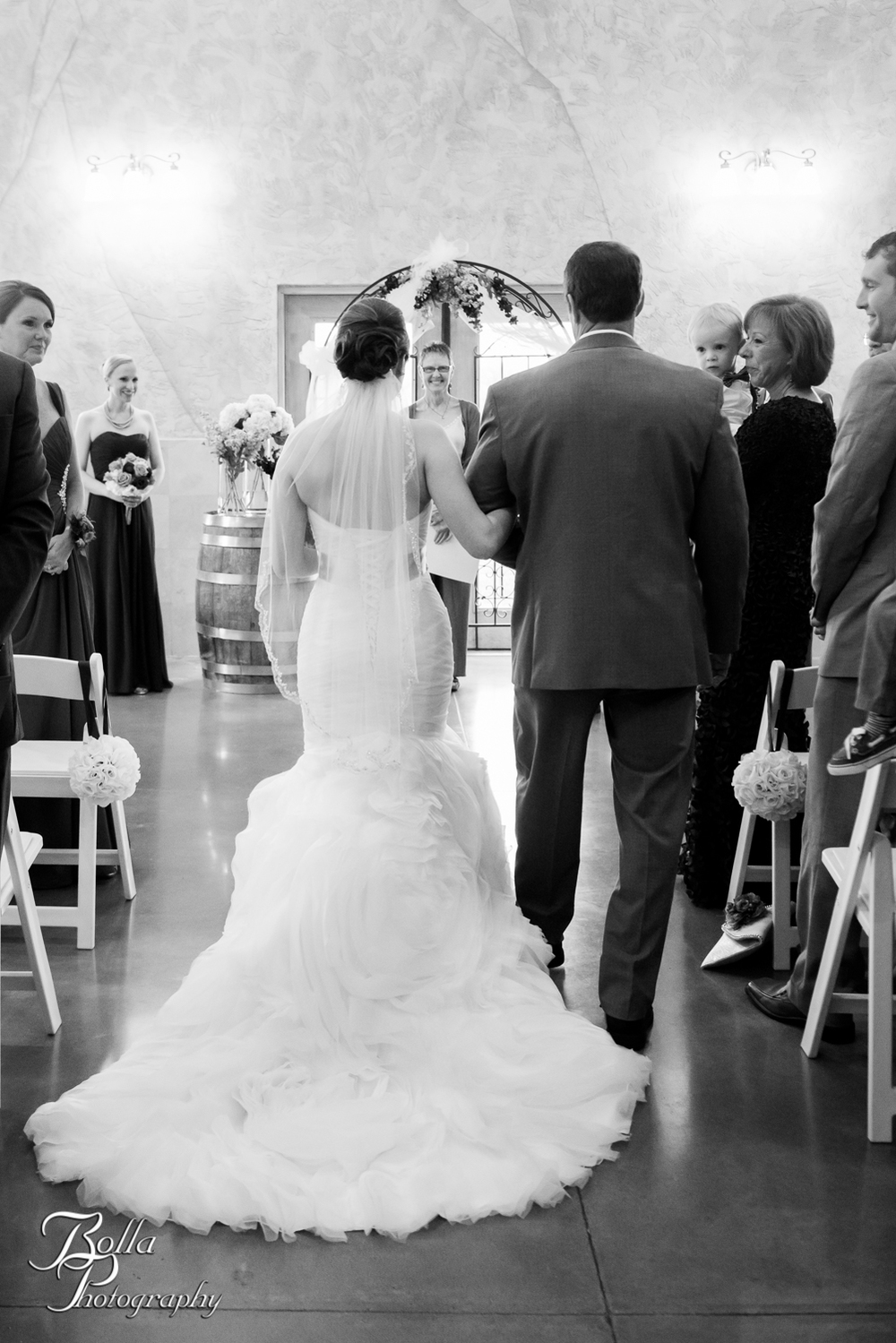 Bolla_Photography_St_Louis_wedding_photographer_Villa_Maire_Winery-0241.jpg