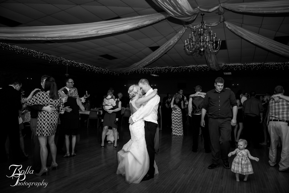 Bolla_Photography_St_Louis_wedding_photographer_Edwardsville_Highland-0553.jpg