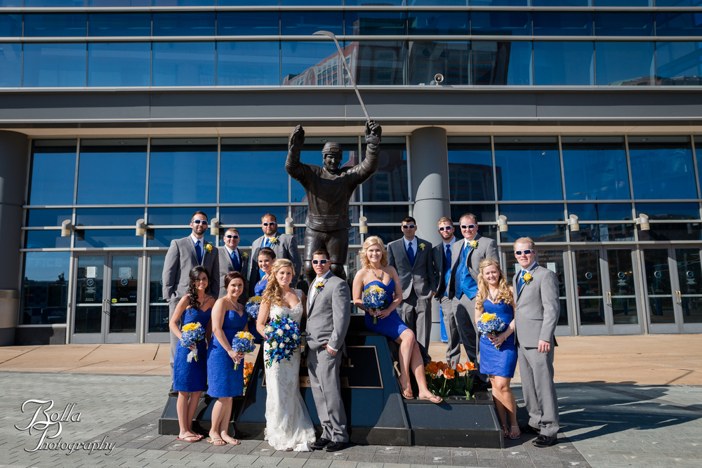 Bolla_Photography_St_Louis_wedding_photographer_Morgando_Blues_hockey_Botanical_Gardens_spring-0284.jpg