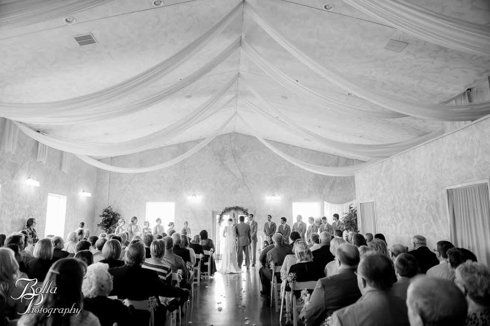 Bolla_Photography_St_Louis_wedding_photographer_Villa_Marie_Winery-0193.jpg
