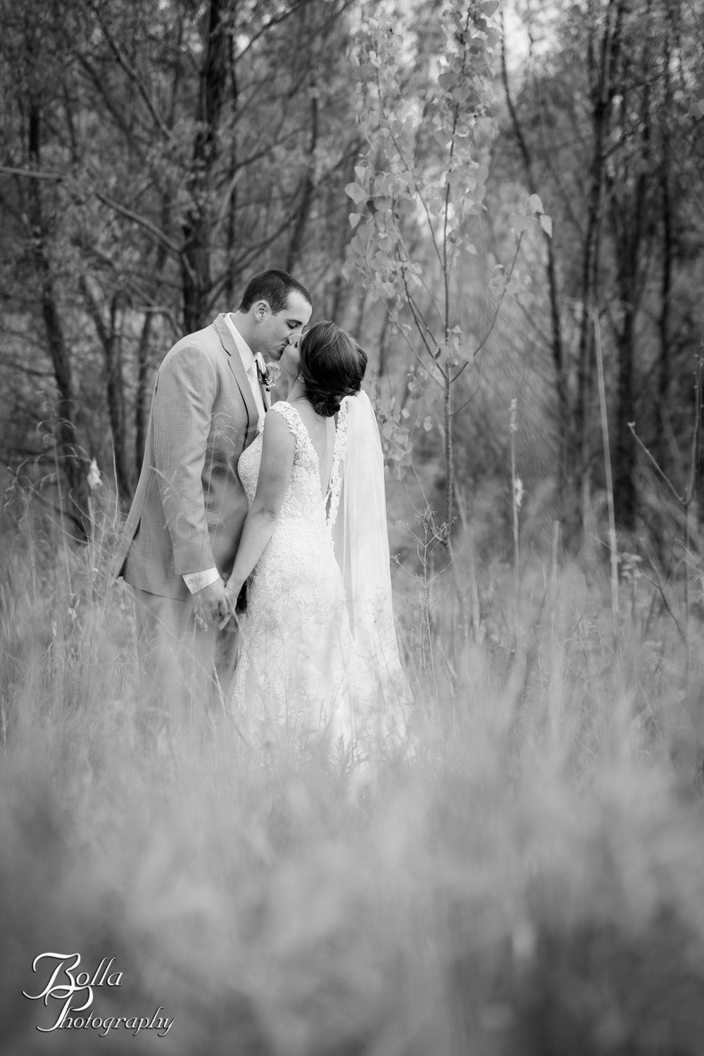 Bolla_Photography_St_Louis_wedding_photographer_Villa_Marie_Winery-0004.jpg
