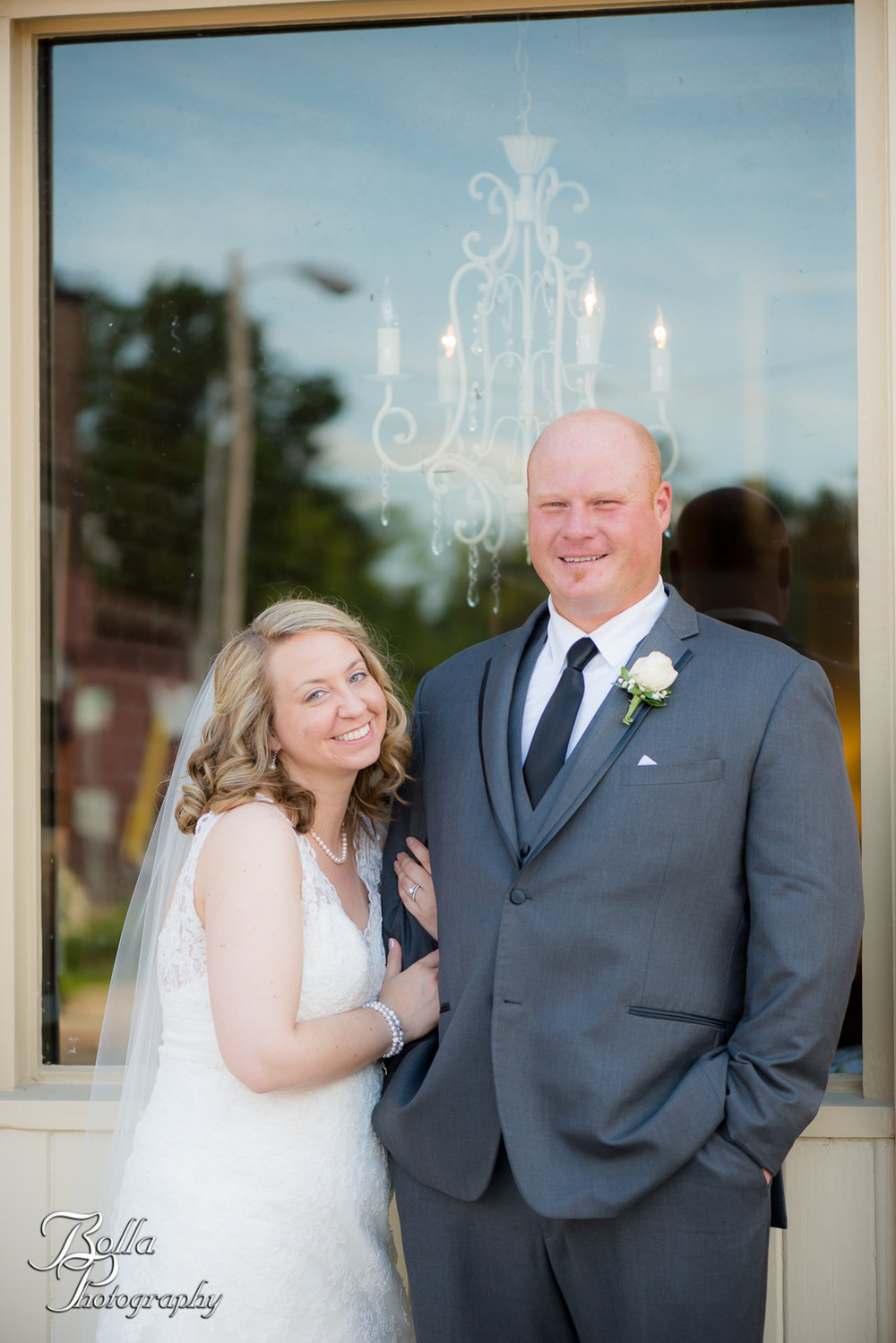 Bolla_Photography_St_Louis_wedding_photographer_Wildey_Theater_Edwardsville-0241.jpg