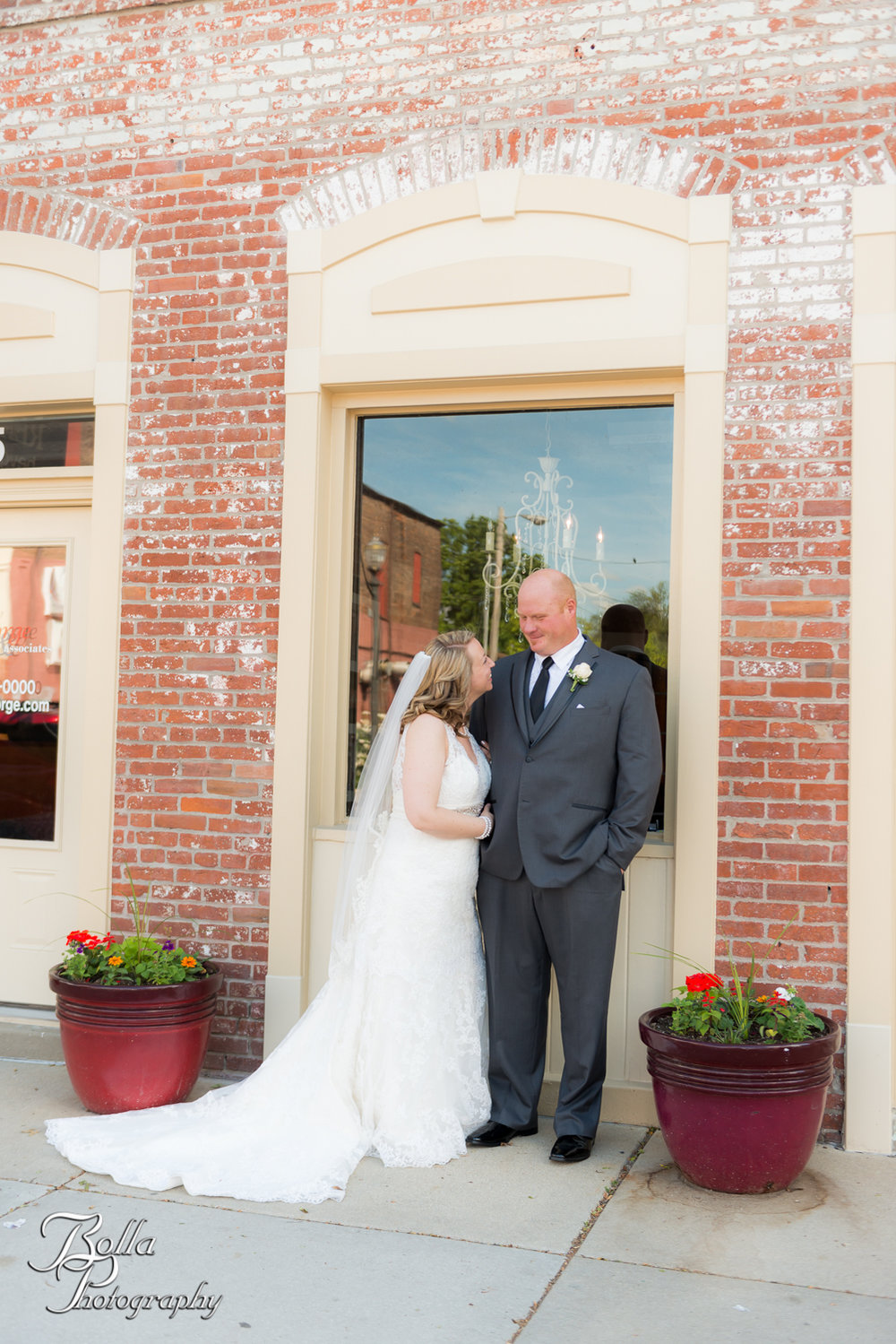 Bolla_Photography_St_Louis_wedding_photographer_Wildey_Theater_Edwardsville-0239.jpg