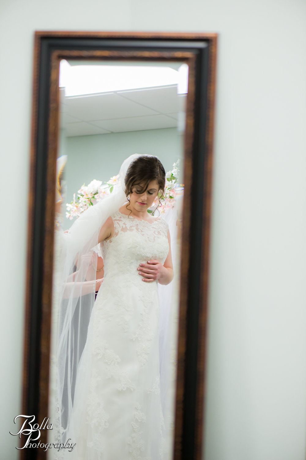 Bolla_Photography_St_Louis_wedding_photographer_Alton_IL__Baptist_Church-0045.jpg