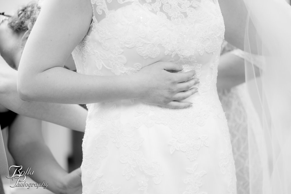 Bolla_Photography_St_Louis_wedding_photographer_Alton_IL__Baptist_Church-0043.jpg