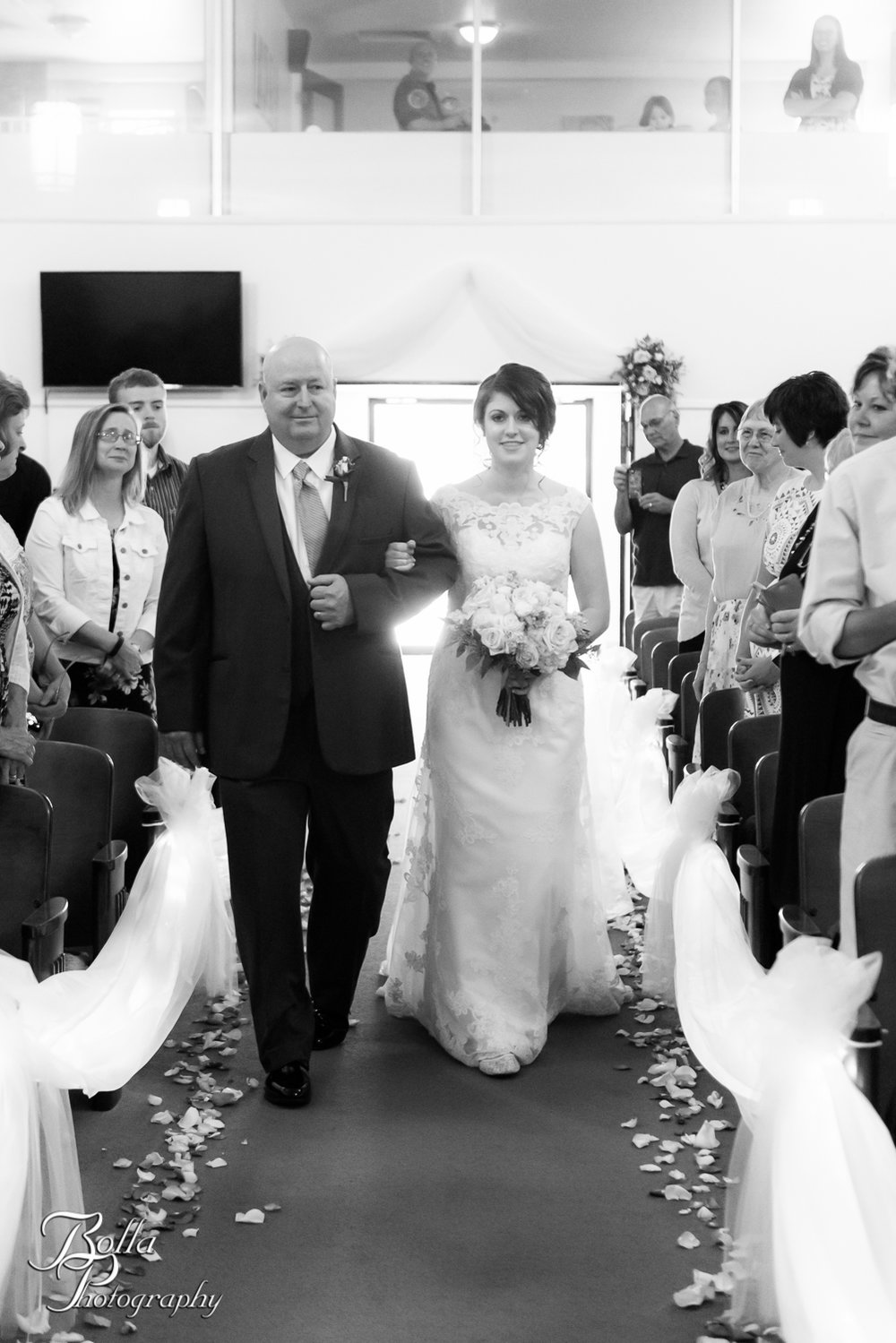 Bolla_Photography_St_Louis_wedding_photographer_Alton_IL__Baptist_Church-0135.jpg