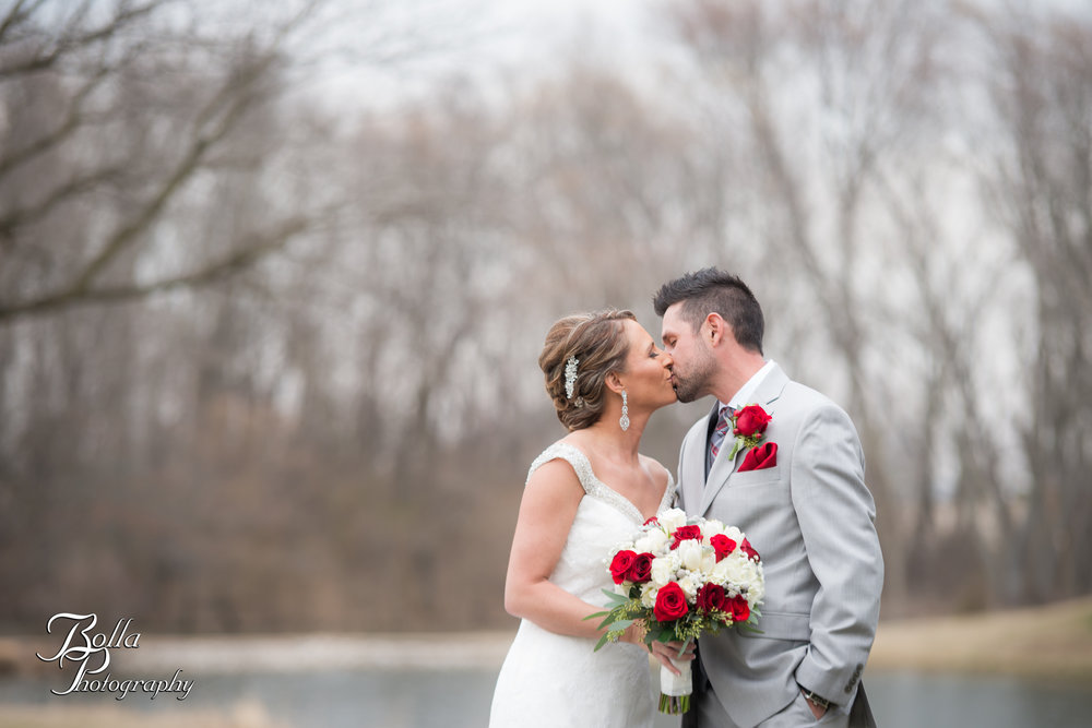 Bolla_photography_edwardsville_wedding_photographer_st_louis_weddings_highland_Allen_Warren_winter_red-0124.jpg