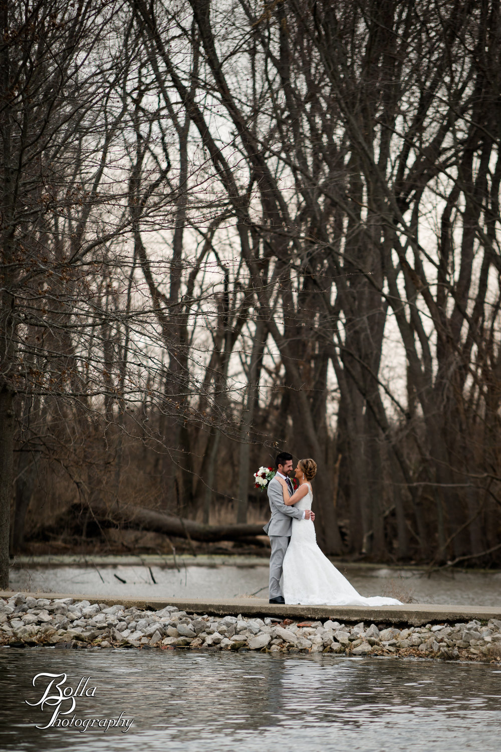 Bolla_photography_edwardsville_wedding_photographer_st_louis_weddings_highland_Allen_Warren_winter_red-0148.jpg