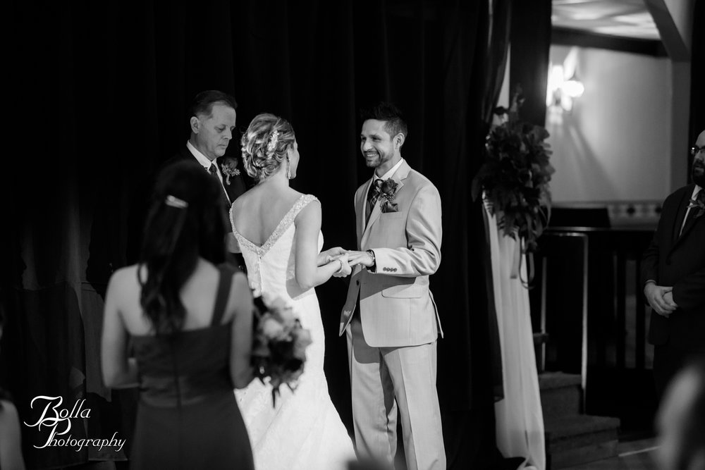 Bolla_photography_edwardsville_wedding_photographer_st_louis_weddings_highland_Allen_Warren_winter_red-0246.jpg