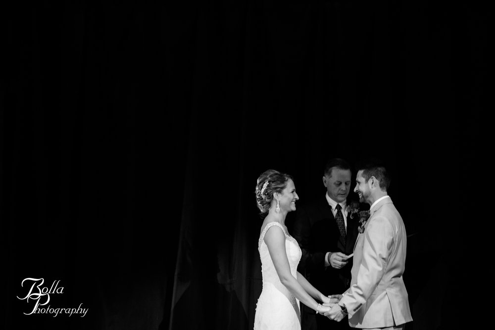 Bolla_photography_edwardsville_wedding_photographer_st_louis_weddings_highland_Allen_Warren_winter_red-0264.jpg