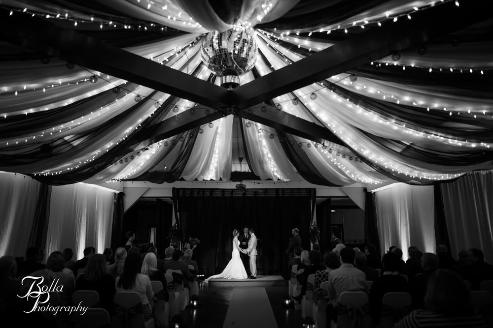 Bolla_photography_edwardsville_wedding_photographer_st_louis_weddings_highland_Allen_Warren_winter_red-0273.jpg