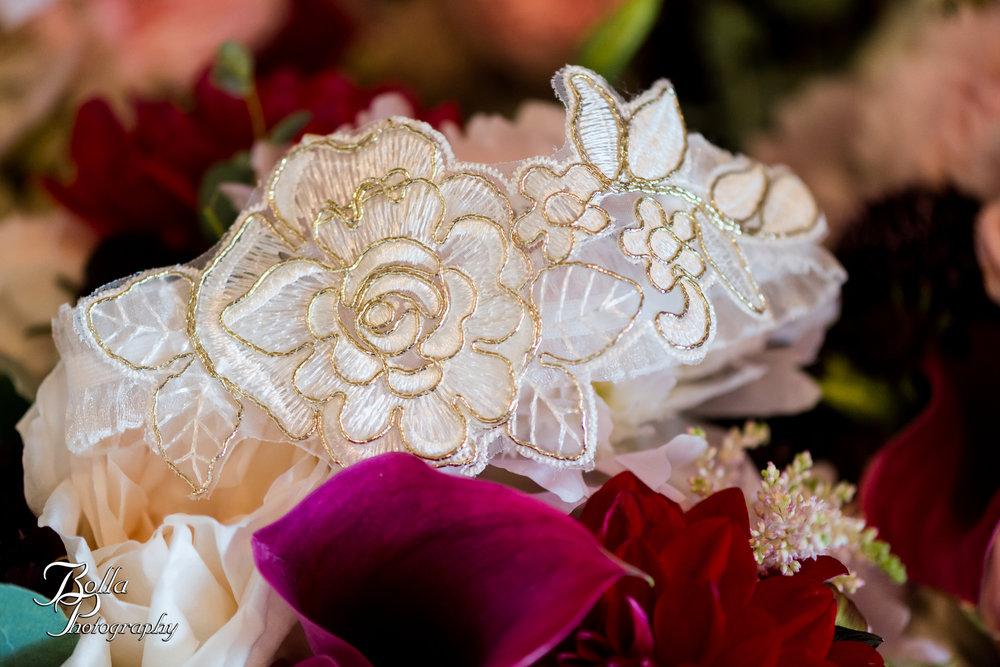 Bolla_photography_edwardsville_wedding_photographer_st_louis_weddings_Chaumette_winery_Mikusch-0014.jpg