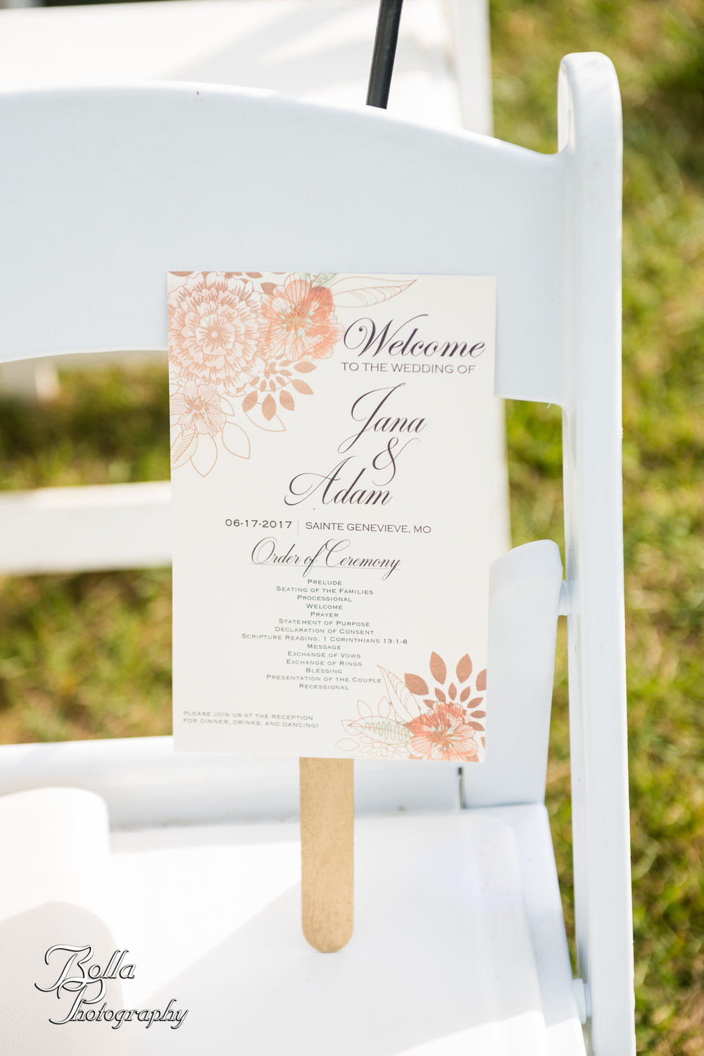 Bolla_photography_edwardsville_wedding_photographer_st_louis_weddings_Chaumette_winery_Mikusch-0301.jpg