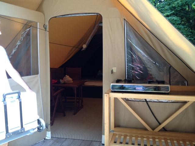camping tente 3.JPG