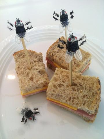 Des petits pics à sandwichs