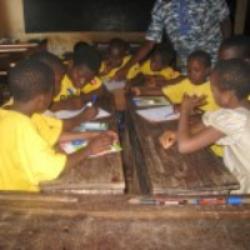 Une salle de classe au Bénin Crédit photo: Caroline Ouellette