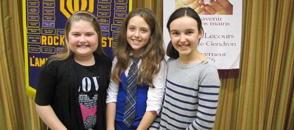 Ma fille (à droite) et 2 camarades de classe