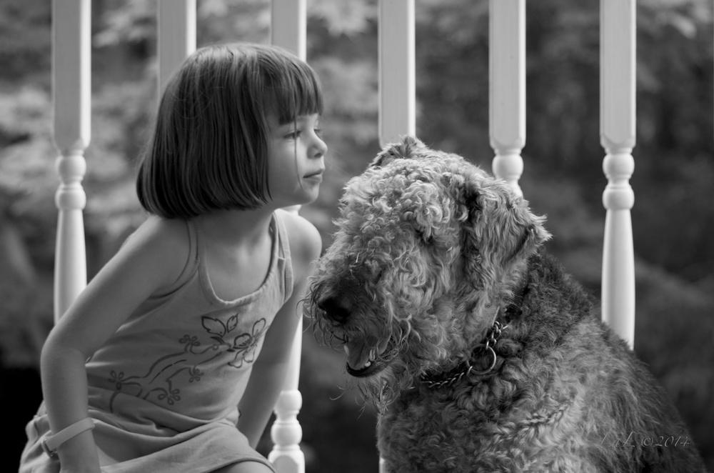 Mya et chien2.jpg