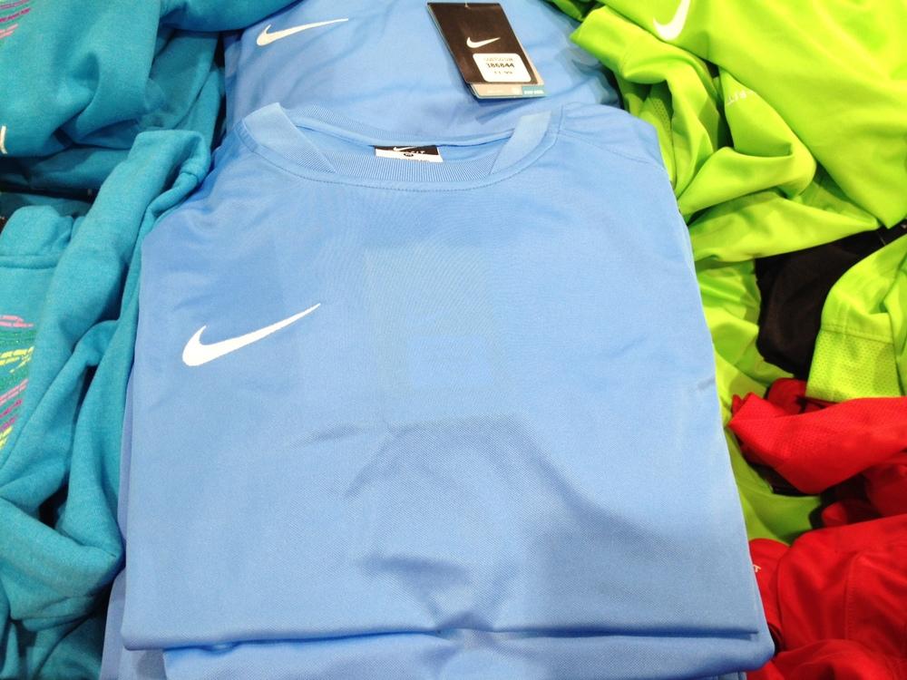 T-shirt sport Nike (gars)