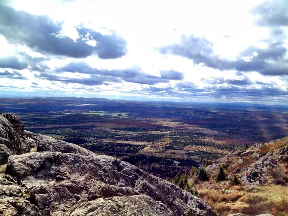 La vue du sommet au Mont Ham