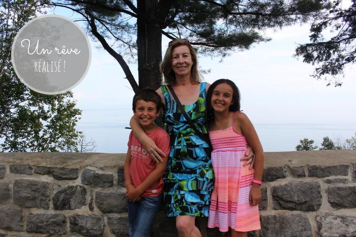 Ma mère et les enfants au Manoir.