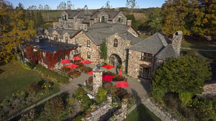 Vue aérienne du spa. Crédit photo : Ste. Anne's.