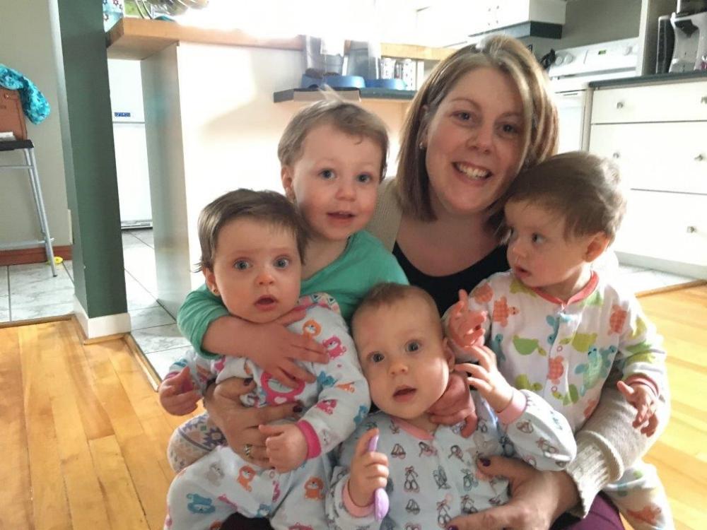 maman et ses filles, des triplées