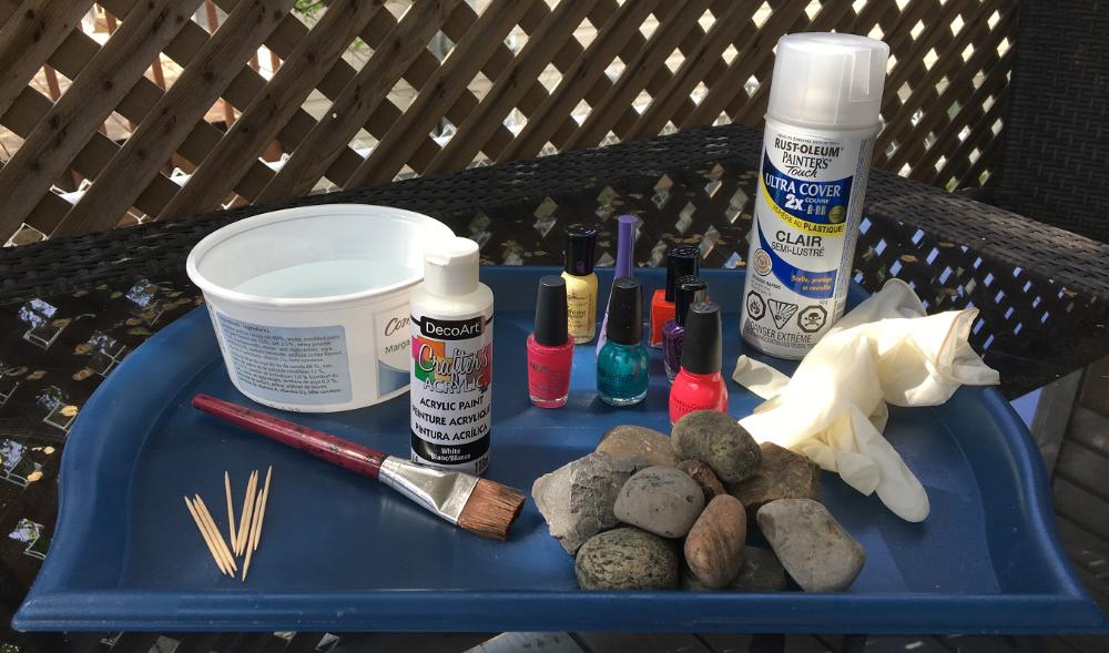 matériel pour roches vernies