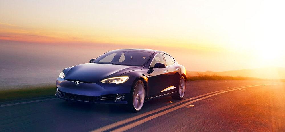 Tesla Model S - Sedan 4 portes