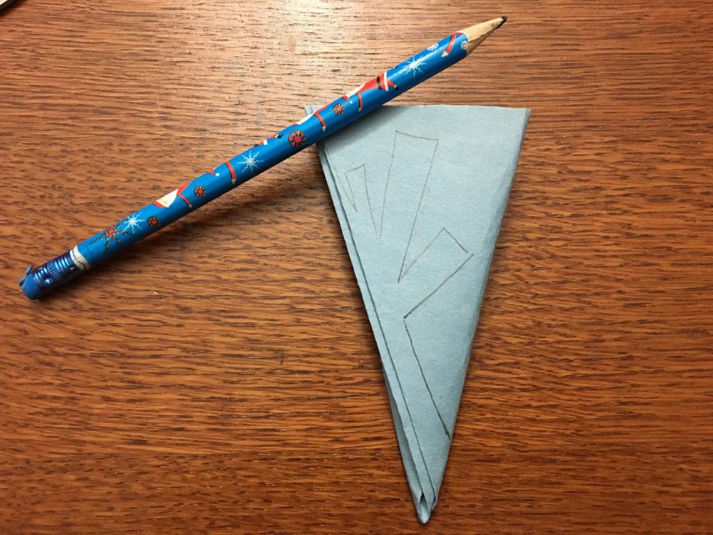 tracer un flocon de neige en papier
