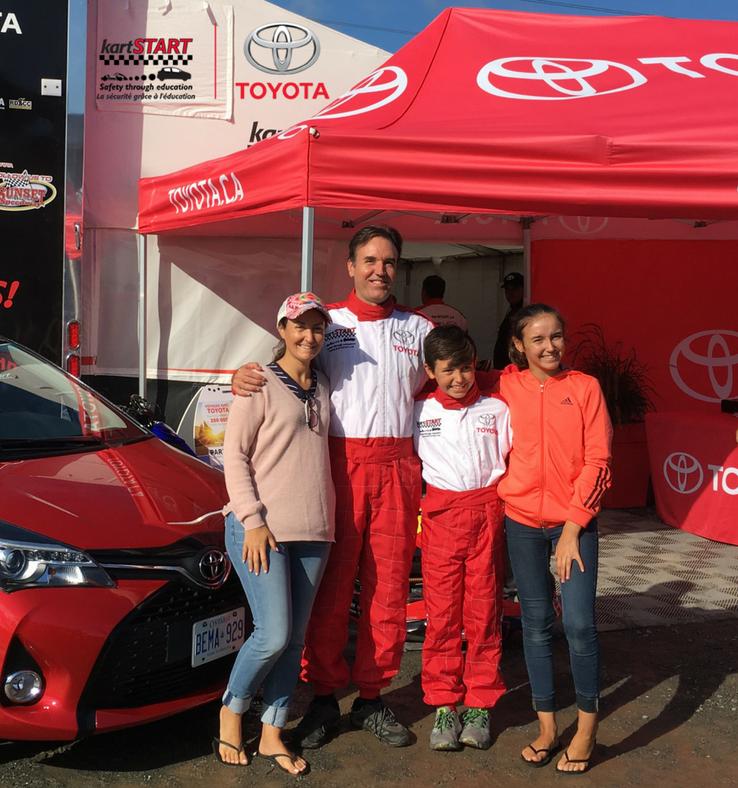 Concours-KartStart-Activité en famille-enfants-Gokarts -voiture-conduite automobile-super expérience-famille-enfants-Maman-Papa-Je suis une maman-Jaime Damak