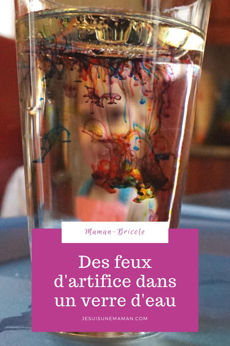 feux d'artifice dans un verre d'eau-brico-expérience-activité-enfants-fun-colorant-simple-Maman-MamanBricole-Je suis une maman