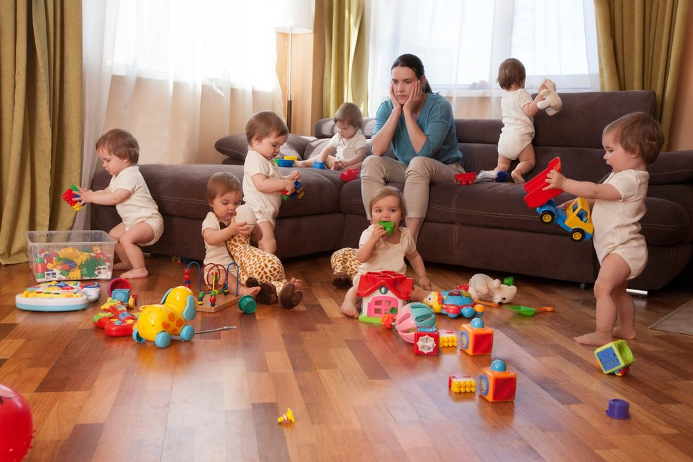 charge mentale-maman-jeunes enfants-petits-bébés-charge-surcharge-épuisement-fatigue-entraide-trucs-trucs de maman-astuces-diminuer la charge mentale-Je suis une maman
