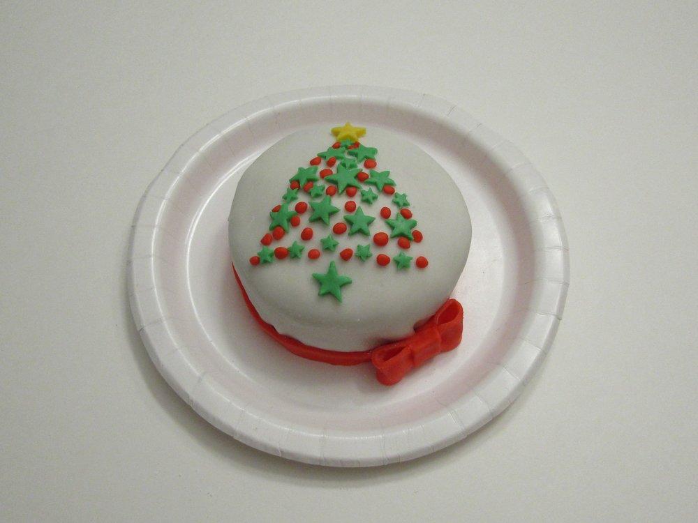 gâteau sapin étoilé-Gâteau de Noël-fondant-tutoriel-marche à suivre-décoration de gâteau-Maman Sucrée-Je suis une maman