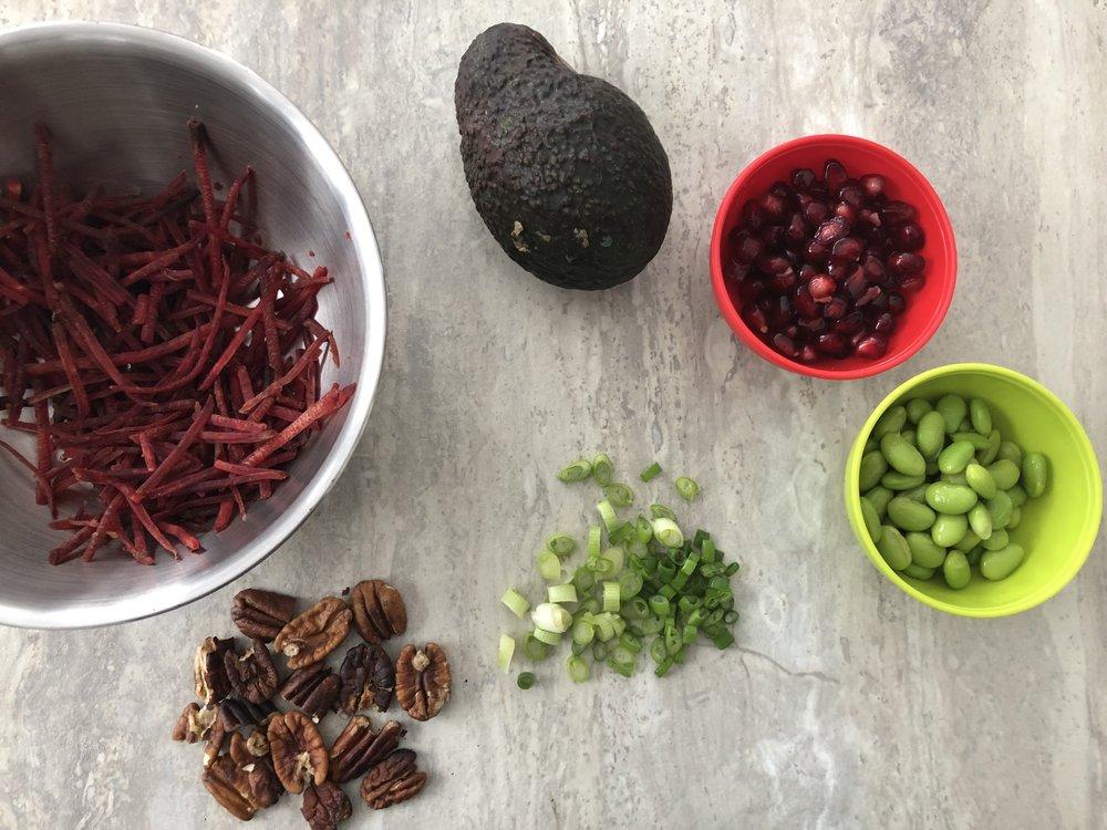 Salade colorée-Recette-salade-couleur-abondance de légumes-repas-idée recette-famille-recette originale de salade-Je suis une maman
