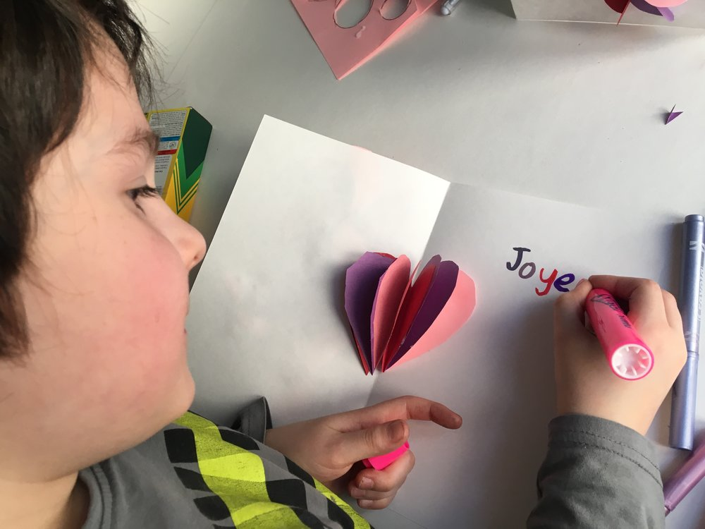 cartes pour la Saint-Valentin-Coeurs-amour-Fête de l'amour-Valentins-Bricoler-enfants-famille-MamanBricole-#MamanBricole-Je suis une maman