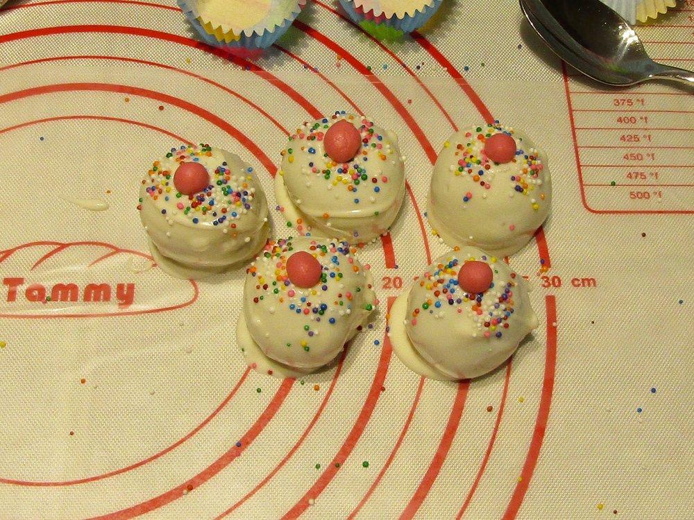 cakepops-Maman Sucrée-Cakepop cupecake maison-gâteau-facile à faire-tuto-marche à suivre-Je suis une maman