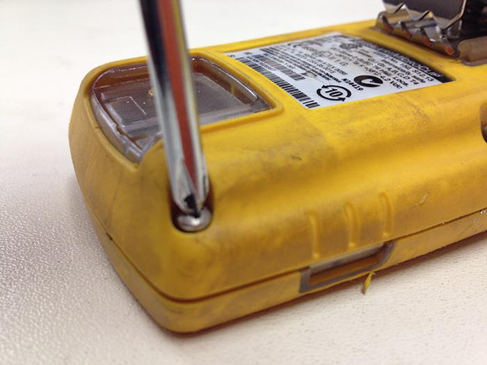 bw-micro-clip-remove-case.JPG