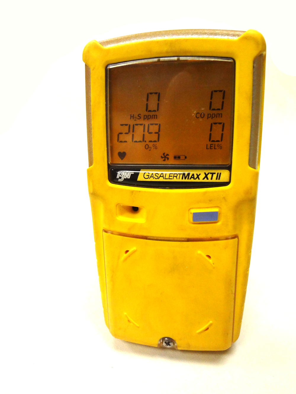BW-Technologies-Gas-Alert-Max-XT-II-O2-good.JPG
