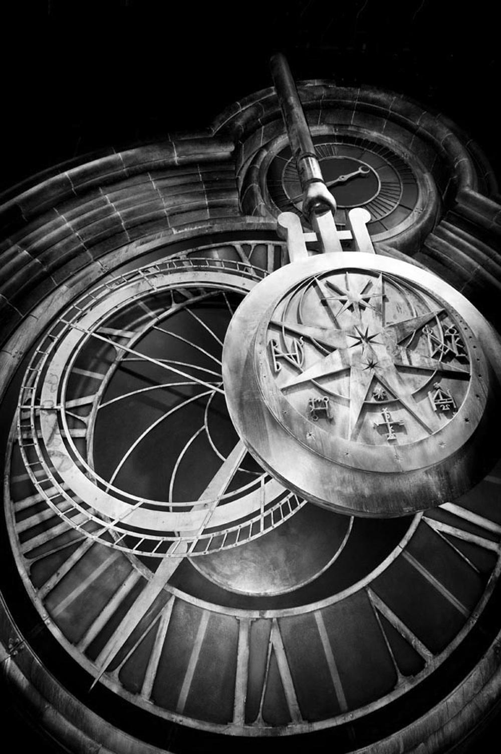 Hogwarts Clock.jpg