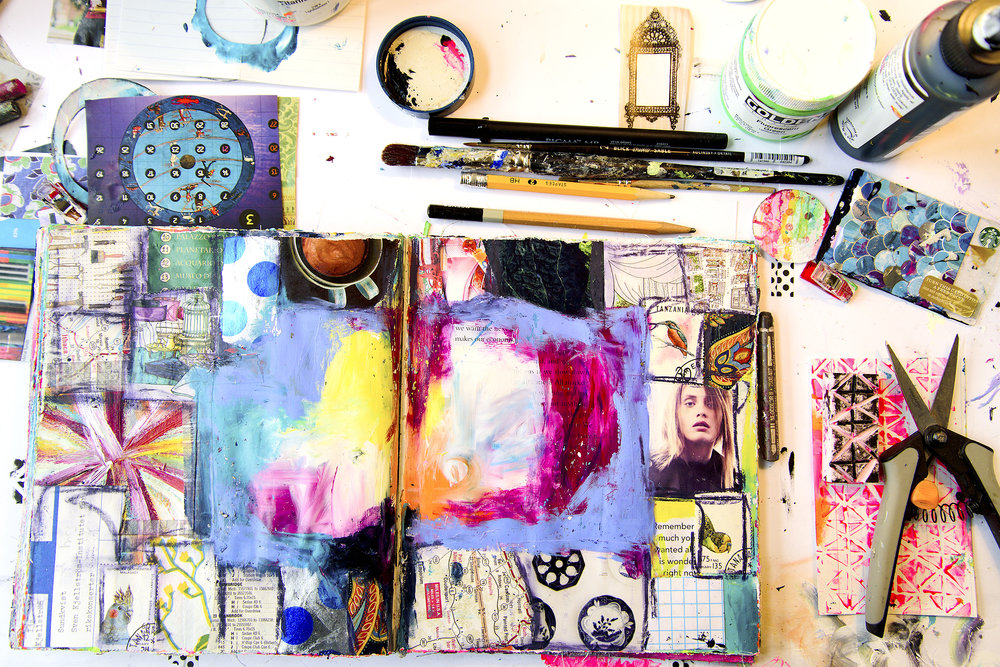 Groovy Grunge Art Journal Workshop with Tammy Garcia https://daisyyellowart.com #daisyyellowart