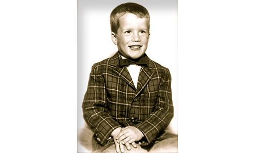 Doug Eymer, Kindergarden pose