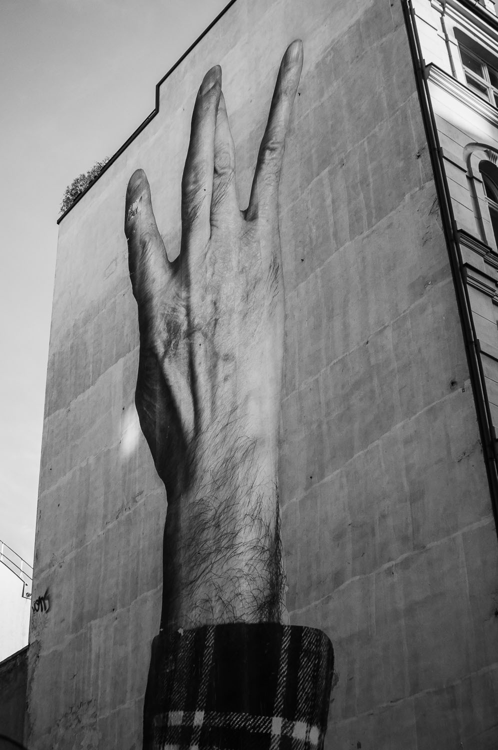 """In the Air""  Wrinkles in the City - Berlin    © Dustin Main 2013"