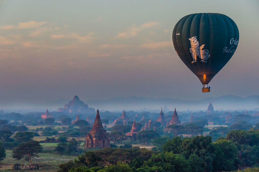 Oriental Ballooning's green balloon over Bagan © Dustin Main 2014