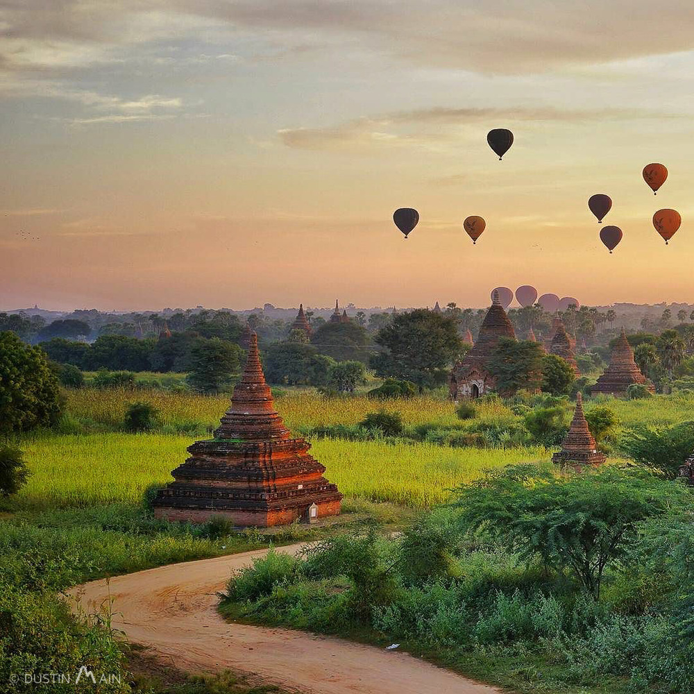 A glowing sunrise over the temples of Bagan.  Myanmar (Burma) © Dustin Main 2015