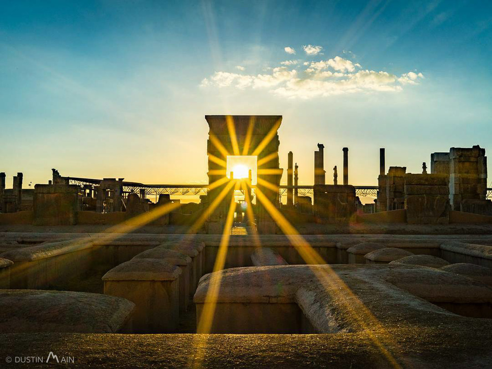 Sunset at the ancient city of Persepolis, Iran © Dustin Main 2015