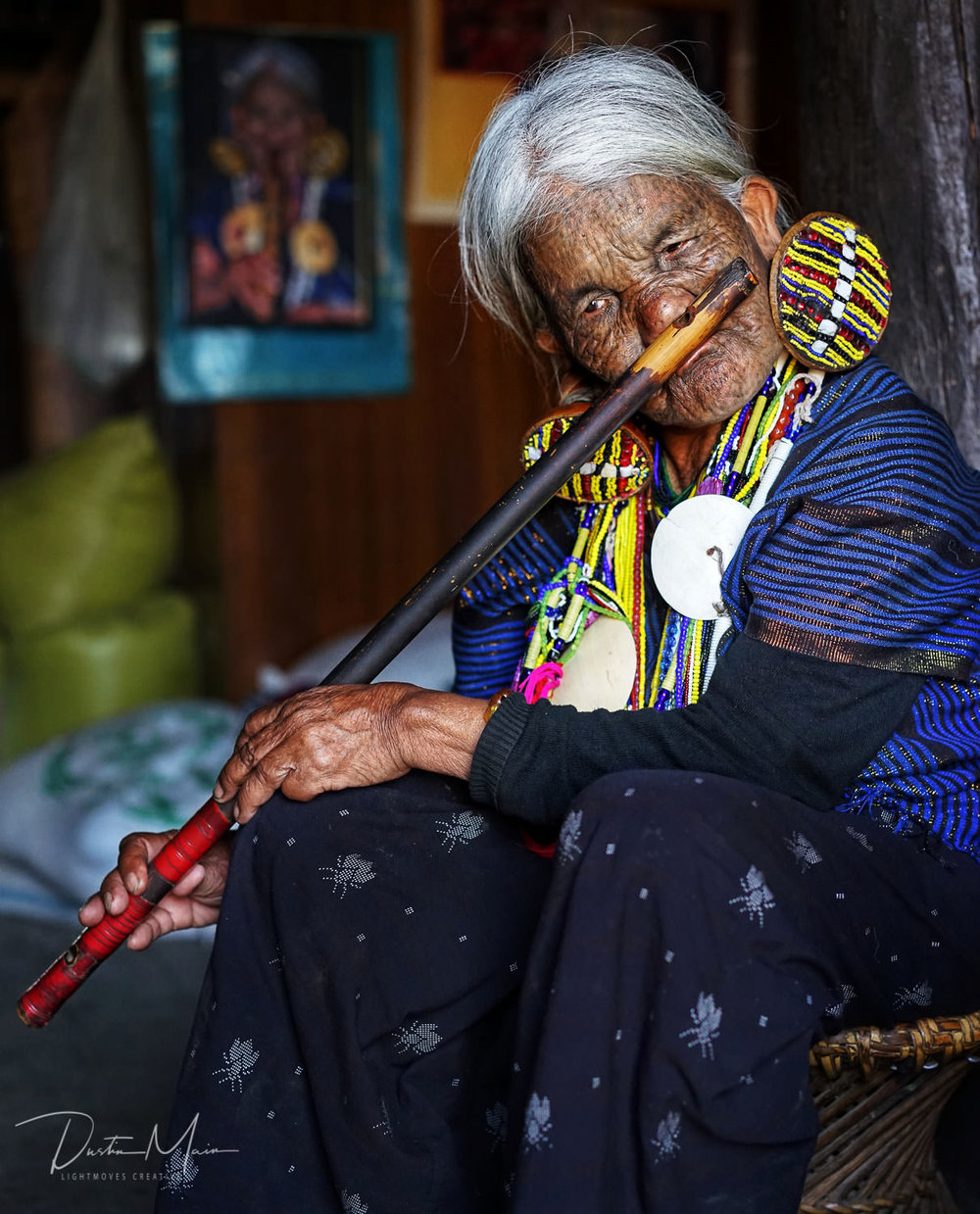 Nawi, one of the few surviving people to play the nose flute. Mindat, Chin State © Dustin Main 2018