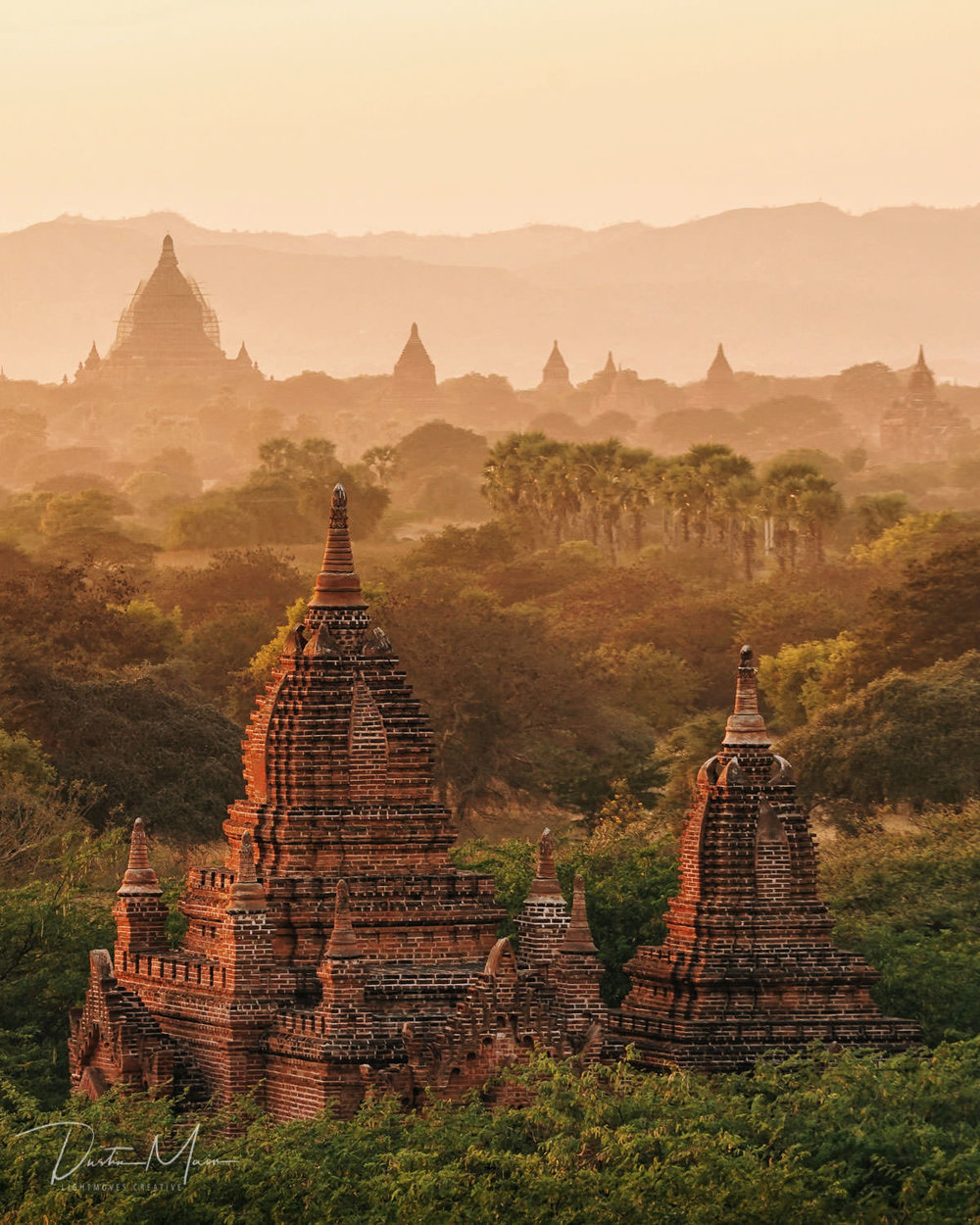 Another stunning sunrise over the plains of Bagan. © Dustin Main 2018